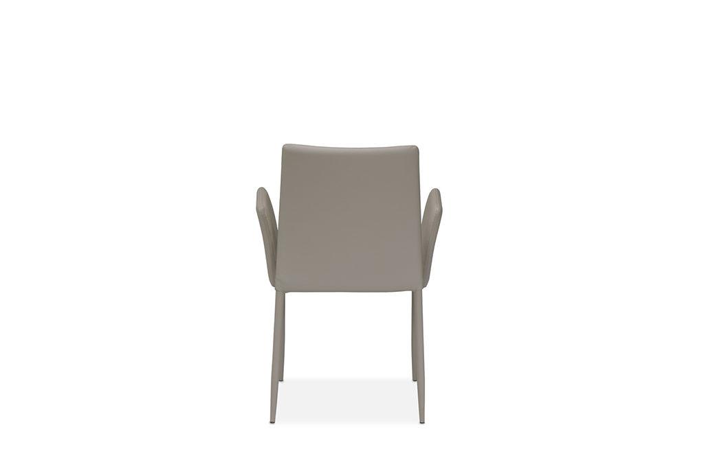Chiara-back-1024×680