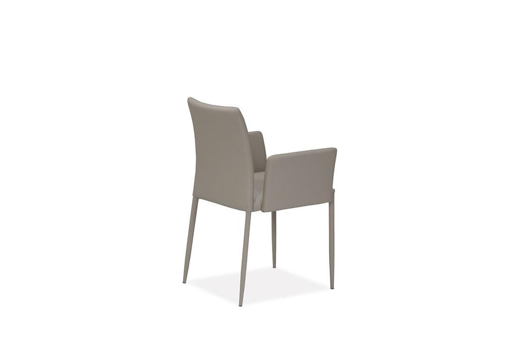 Chiara-back-2-1024×680