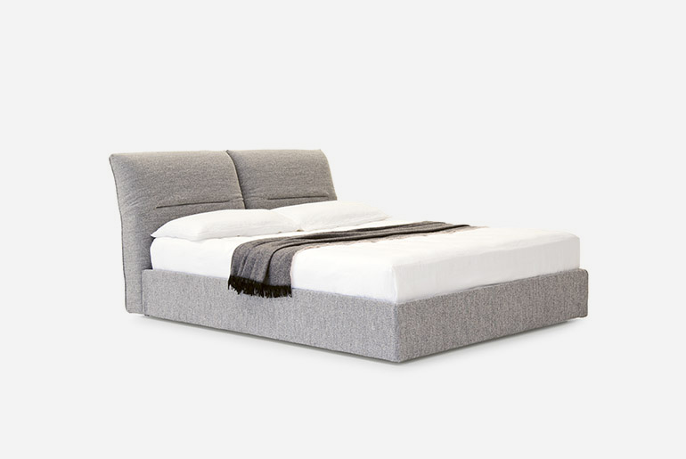 Vintage-Bed-PIANCA_06_SMALL_O-1