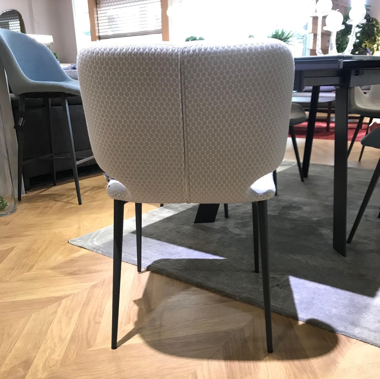Krzesło Wrap1