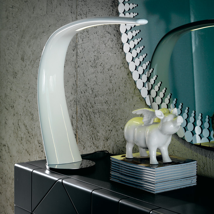 mamba-cattelan-italia-table-lamp