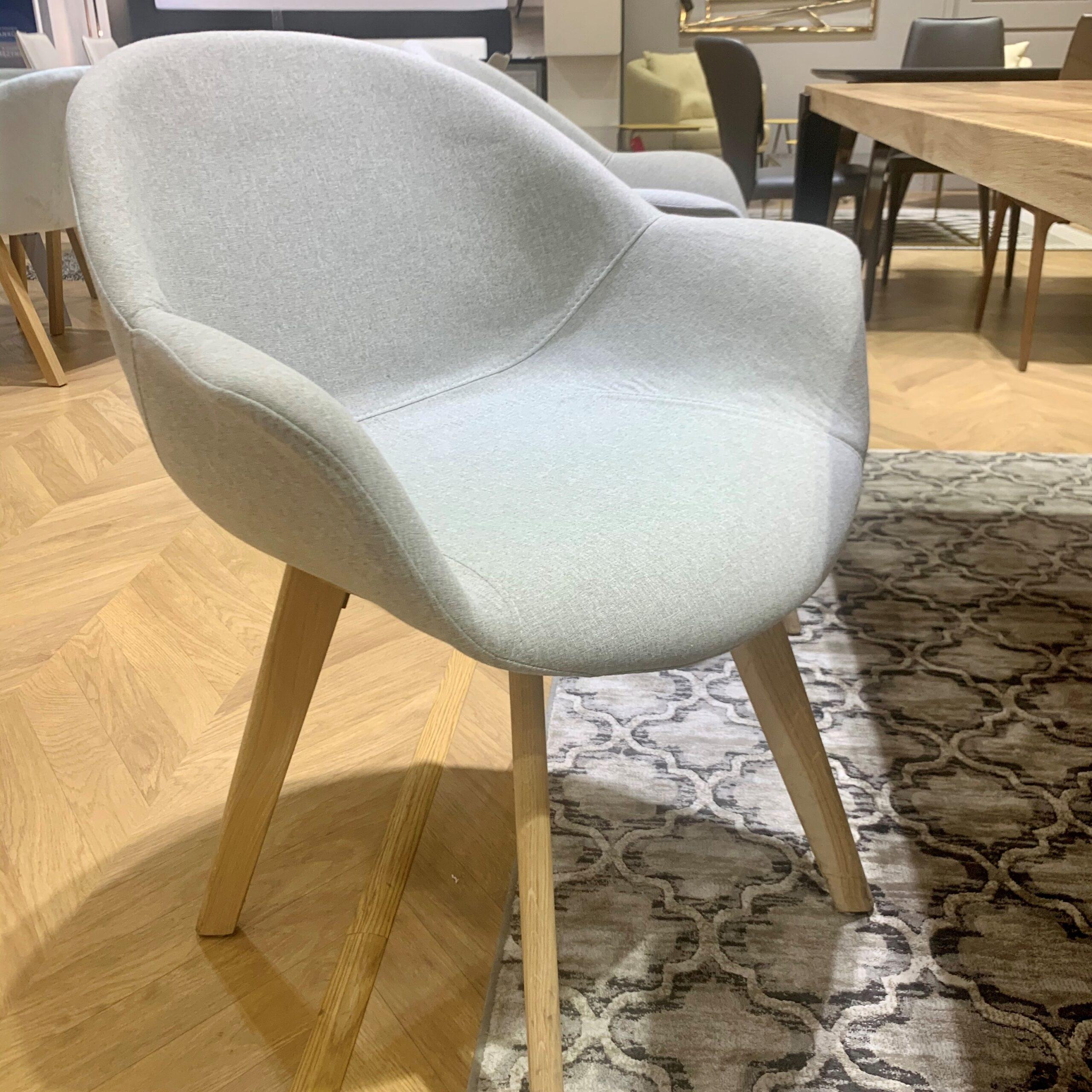 Krzesło Keri